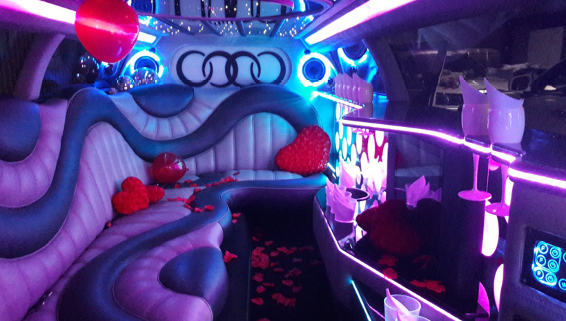 deluxe limo