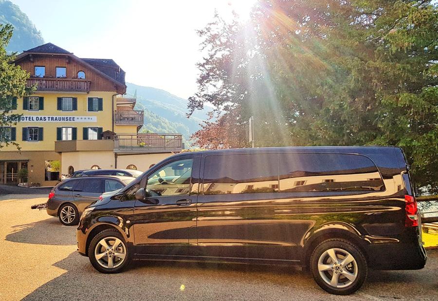 Mercedes Van Shuttleservice